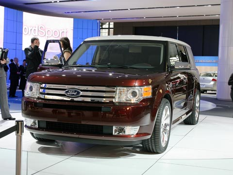 2009 Ford Flex Rear 33388.jpg